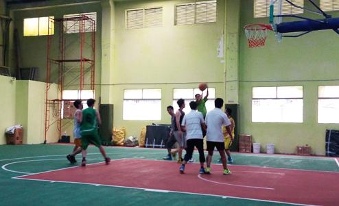 2016新年公司员工业余篮球活动