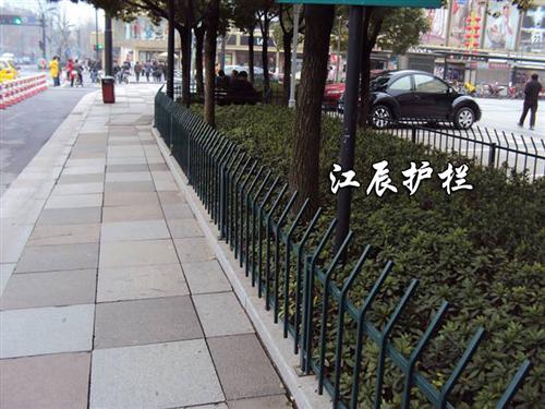 街道家具——道路护栏