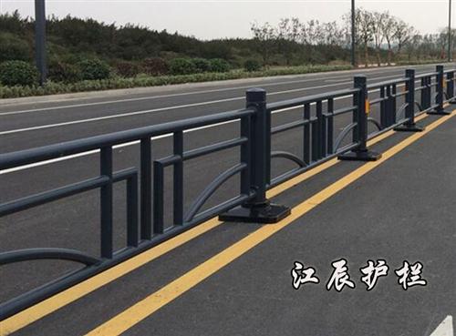 安装道路护栏时需要注意的事项