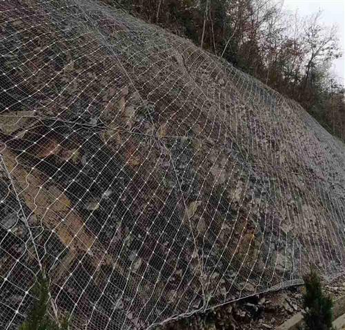 主动防护网4*4米,5*6米,4*2米的规格可以定做了
