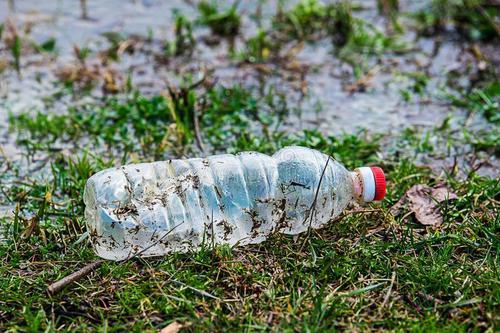 废弃塑胶制品的回收处理和利用,已经成为一项世界性的课题