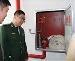 防火隔墙上可以安装消火栓箱吗