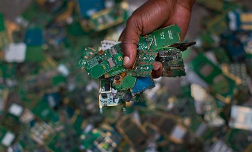 香港废品回收公司如何对电子废弃物进行回收与利用呢?具体有哪些处理方法?