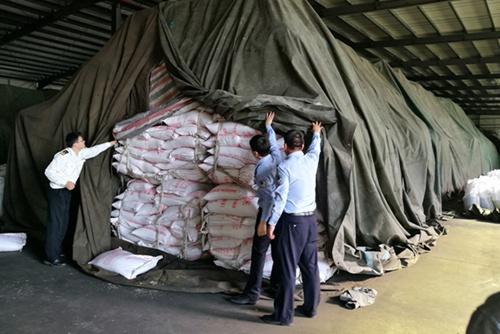 廣東銷毀逾千_香港過期食品銷毀_噸違法食品