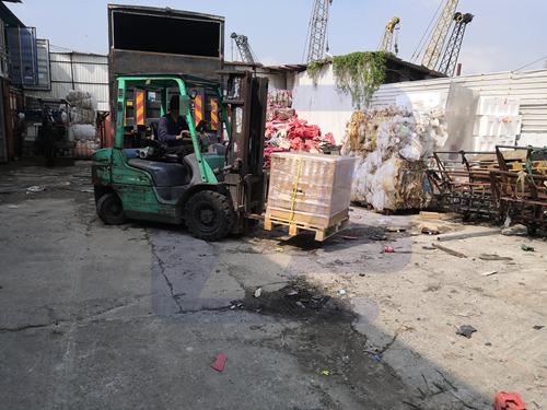 工地上捡拾废品瞄上_香港废品回收_闲置电缆
