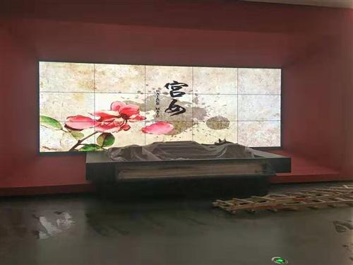 液晶大屏拼接屏如何选配大尺寸触摸屏实力厂家