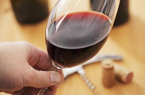 陈年葡萄酒的陈年是什么?保存陈年的状况又是怎么样呢