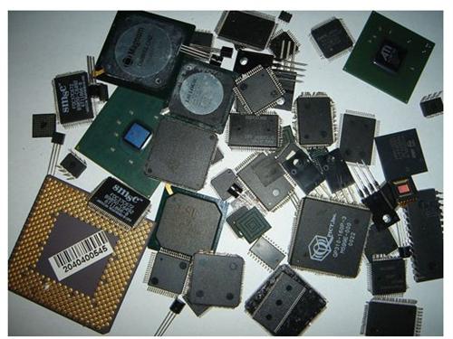 电子废弃物中含有很多_香港电子废弃物回收_可回收再利用的有色金属、黑色金属、玻璃等物质