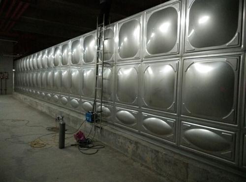 海南供水设备厂家;不锈钢消防水箱安装流程
