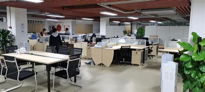 企业搬家高峰期如何选择专业的深圳搬家公司呢?