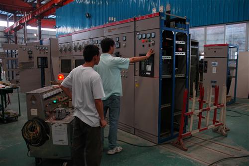 佛山配电箱厂家;如何安装转换开关?
