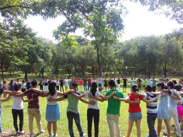 东莞企业拓展培训选择松湖生态园拓展基地