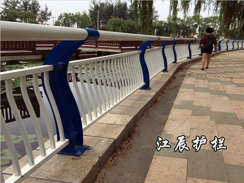 橋梁護欄1