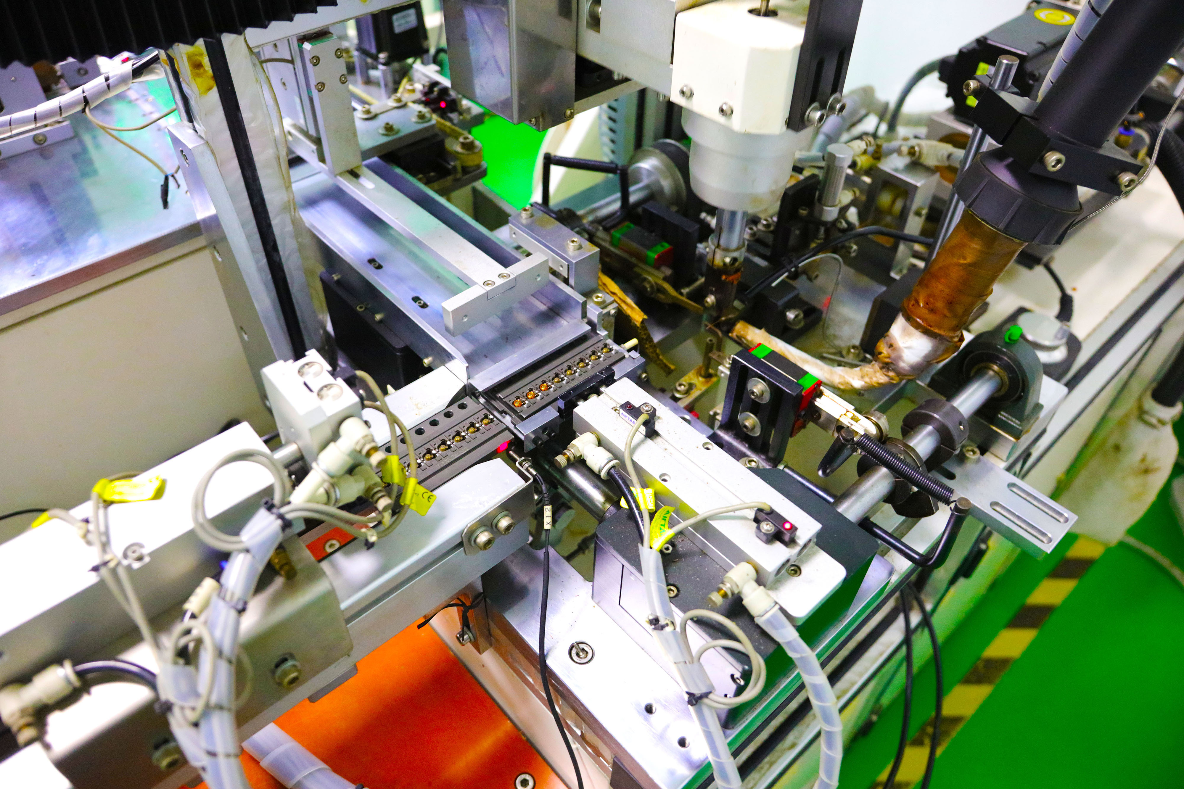 优德-全球高端贴片功率电感制造商!10余年致力于电感全方位解决方案!