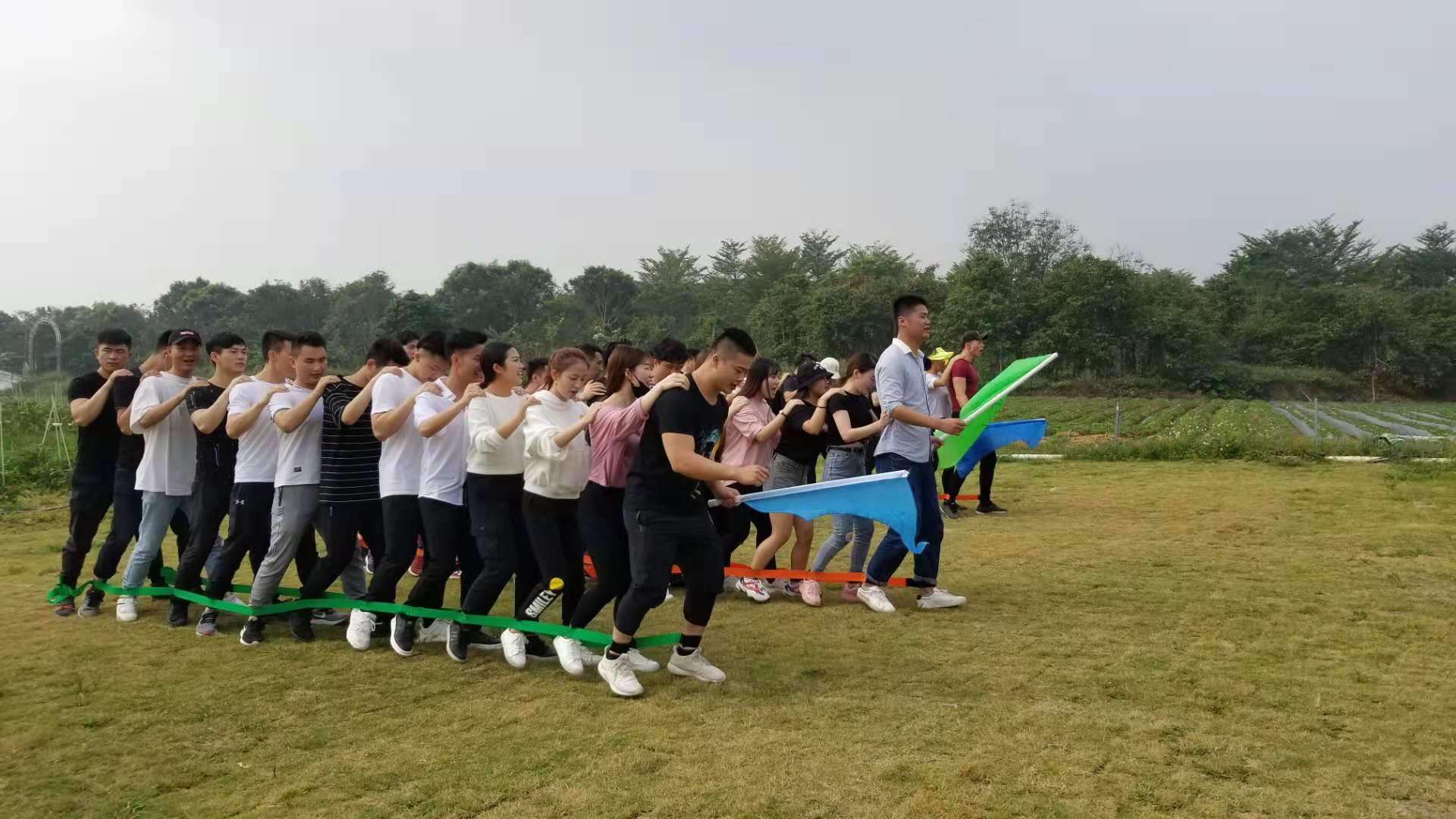 深圳农家乐-乐湖生态园团建拓展项目:巨人脚步