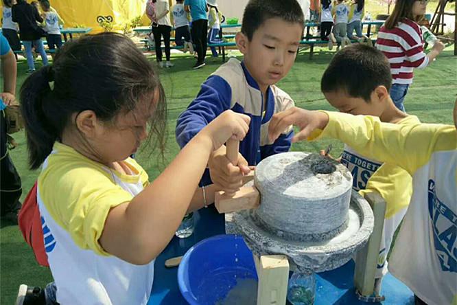 乐湖生态园石磨豆浆