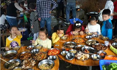 乐湖生态园野炊做饭