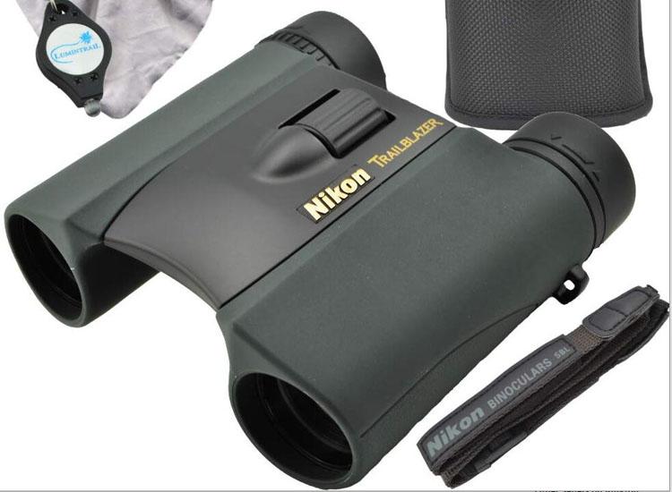 尼康小巧望远镜1