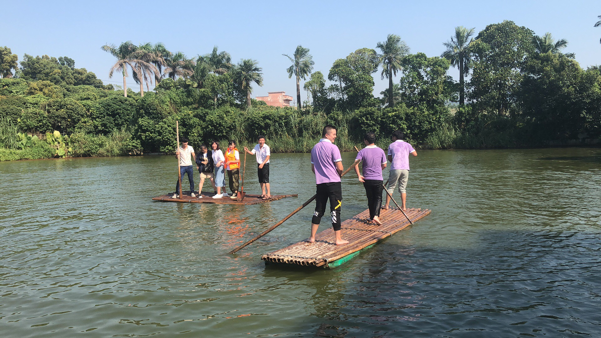 深圳乐湖生态园农家乐水上竹筏
