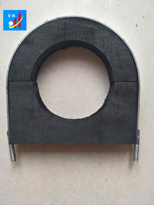 保温木托安装方法