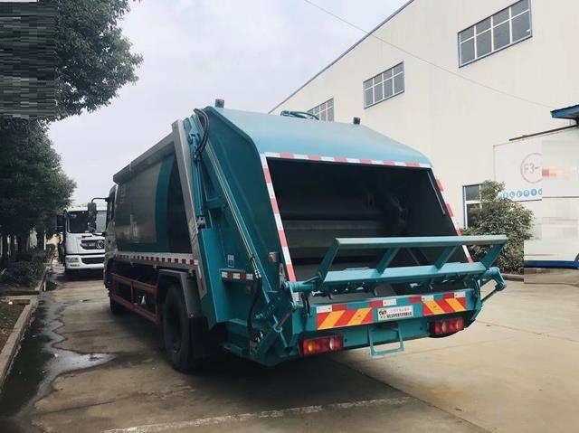 东风天锦12方压缩垃圾车5