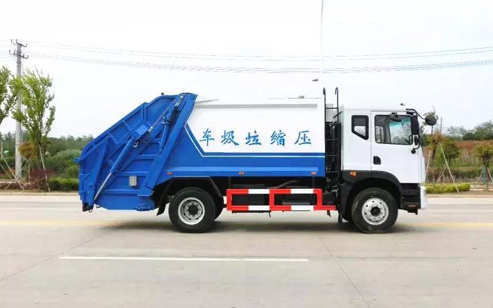 东风大多利卡D9十方后装压缩垃圾车2