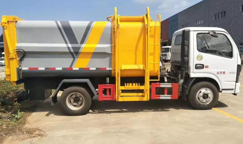 国六东风小多利卡蓝牌自装卸式挂桶垃圾车5