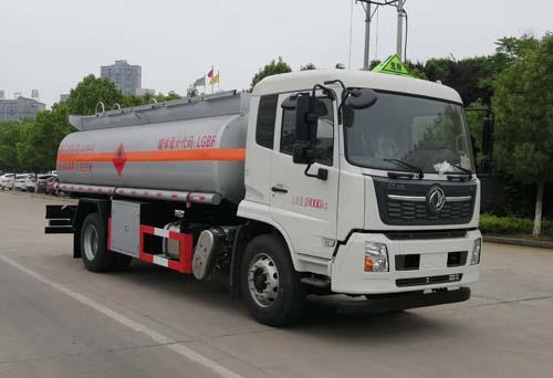 东风天锦国六12立方运油车1