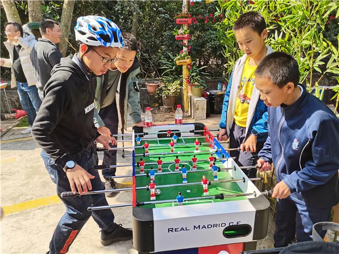 乐水山庄桌式足球比赛