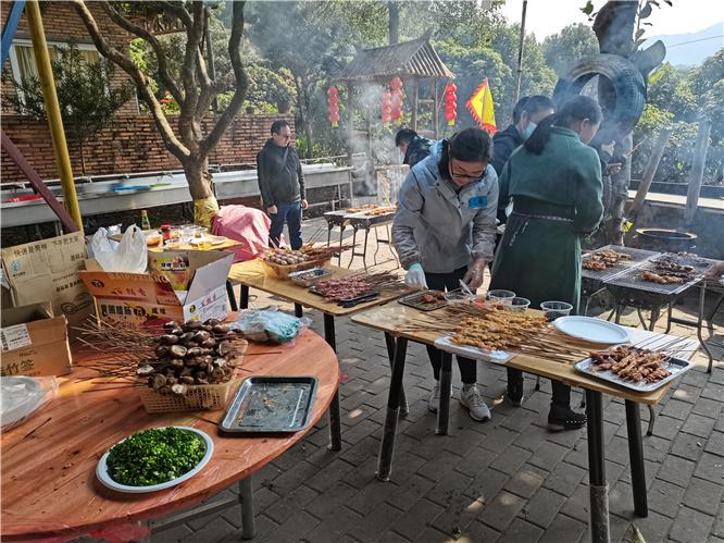 乐水山庄烧烤2