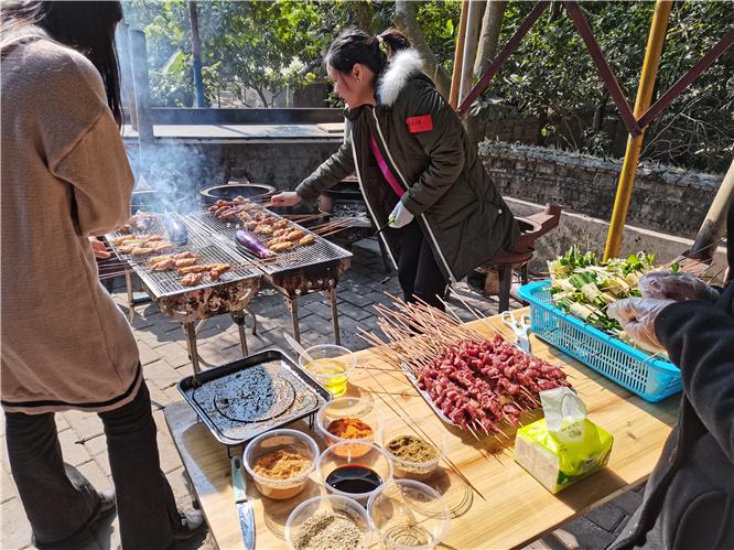 乐水山庄烧烤3