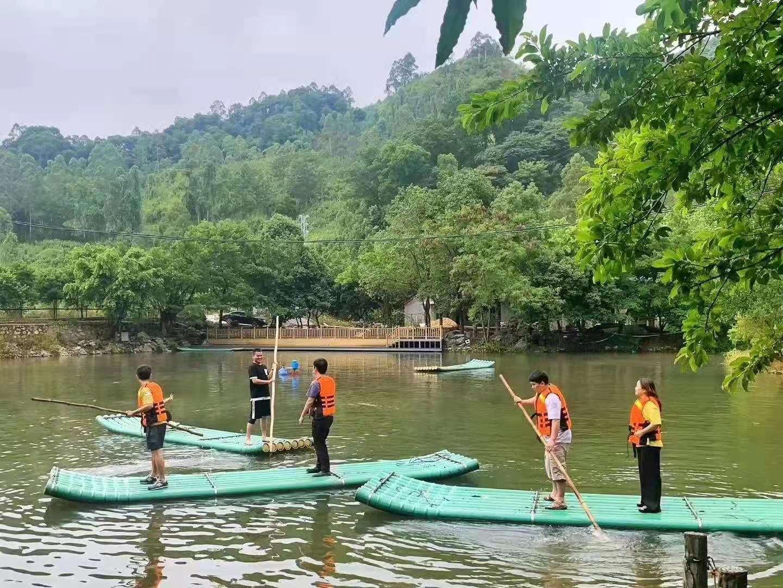 深圳农家乐-乐水山庄划竹筏