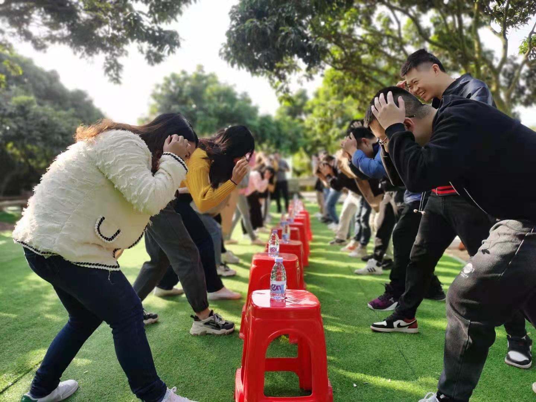 深圳农家乐-乐水山庄团建项目:抢水瓶