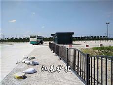 公路隔离护栏
