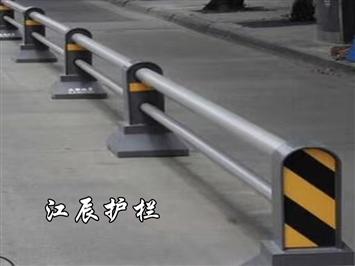 宿迁市不锈钢立柱护栏
