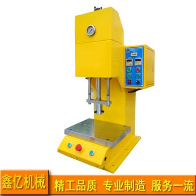 桌上型压装机