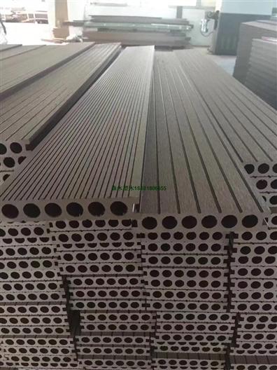 青海共挤压花ASA塑木地板花箱围栏