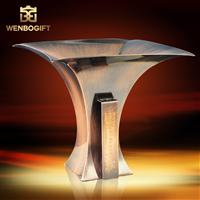 WB-JS19145個性設計獎杯,獨特合金獎杯,自定義主題定制獎杯,深圳市文博工藝制品有限公司定制