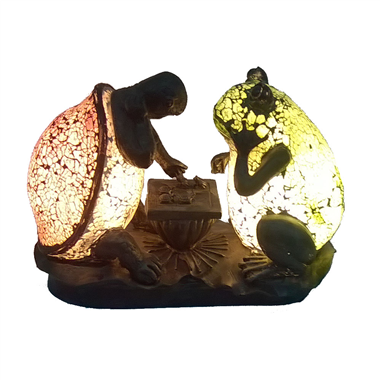 TLC00010 Turtle and frog playing chess accent lamp tiffany desktop lighting