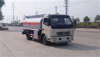 东风多利卡9.75方加油车10方油槽车油罐车