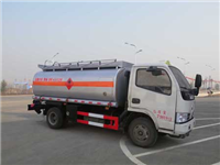 东风小多利卡4.3立方加油车