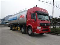 重汽前四后八粉粒物料运输车(ZZ1317N4667C)