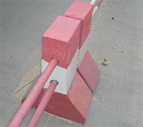 水泥隔离墩400×450×800mm