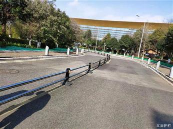 不锈钢道路隔离护栏