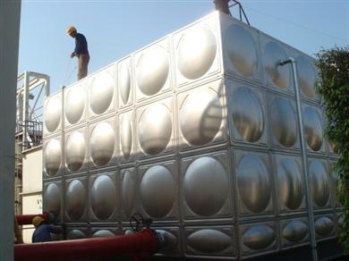 SUS304不锈钢水箱厂家