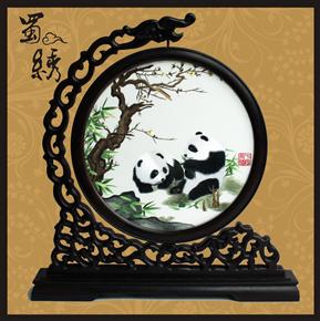 成都特色纪念品  蜀绣梅花熊猫