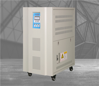 AVR三相高精度全自动稳压器