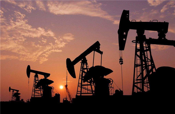 石油、矿井