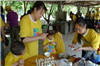 教孩子学习包饺子