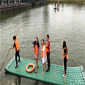 深圳乐湖生态园:水上竹筏